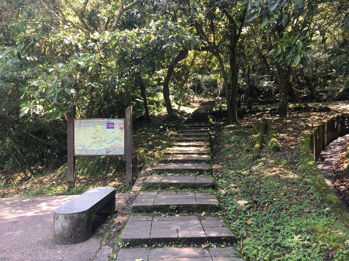 孝子山登山口